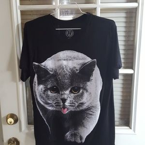 Black with kitty, tee shirt, small